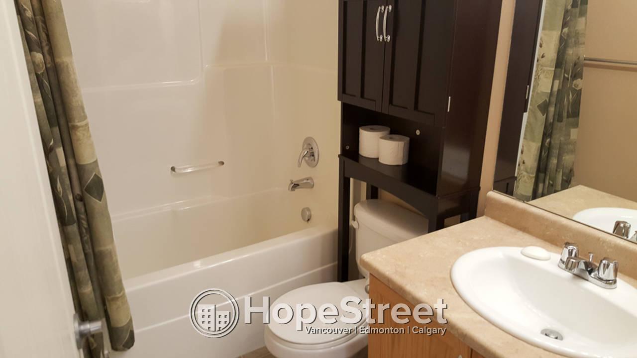 4 Bedroom House for Rent in MacEwan: Pet Friendly