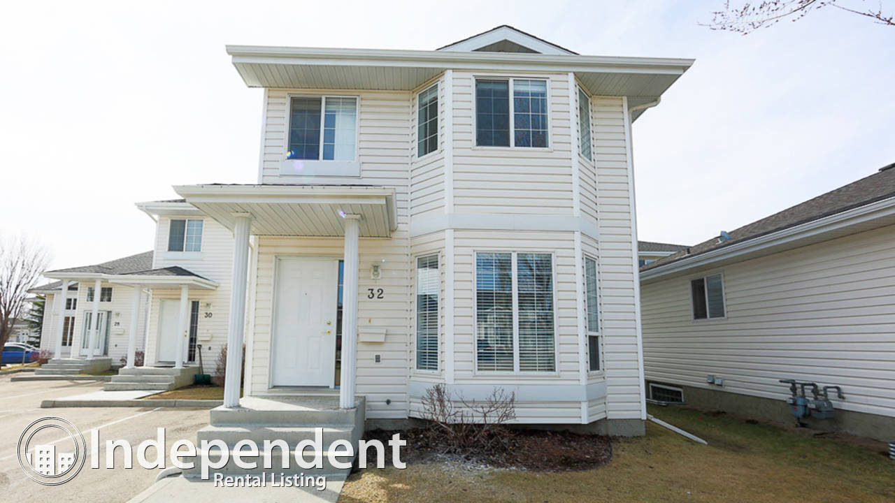 3 Bedroom 2.5  Bathroom Townhouse in Silver Berry