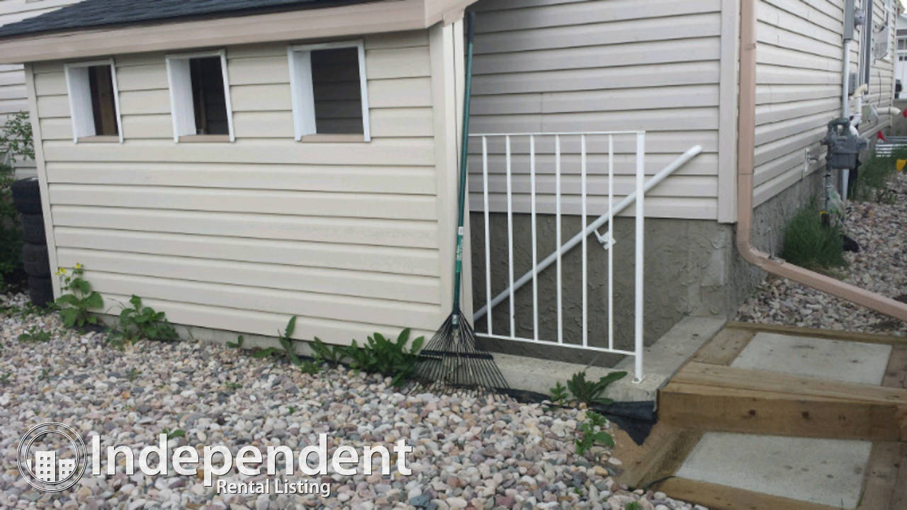 Newer Half-duplex for Rent, Spruce Grove - Available Feb. 15 (possibly sooner)