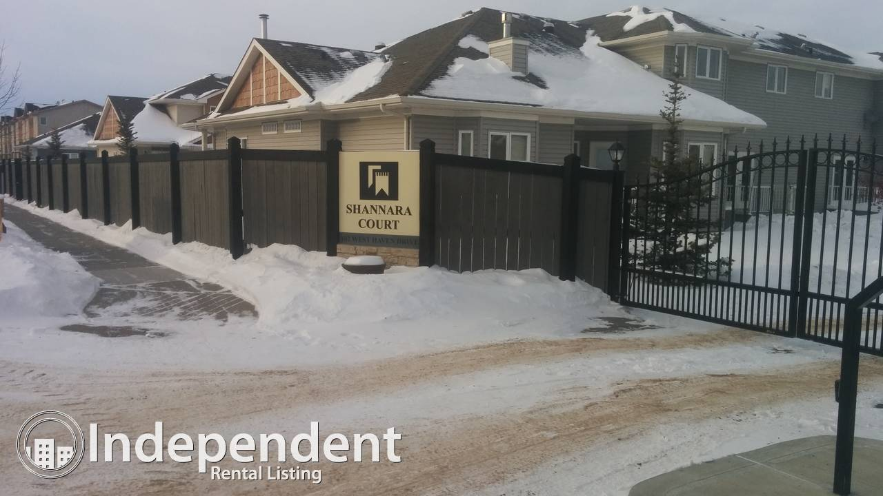 $1,700 – Immaculate 3 Bed / 2.5 Bath Townhouse in West Haven Leduc