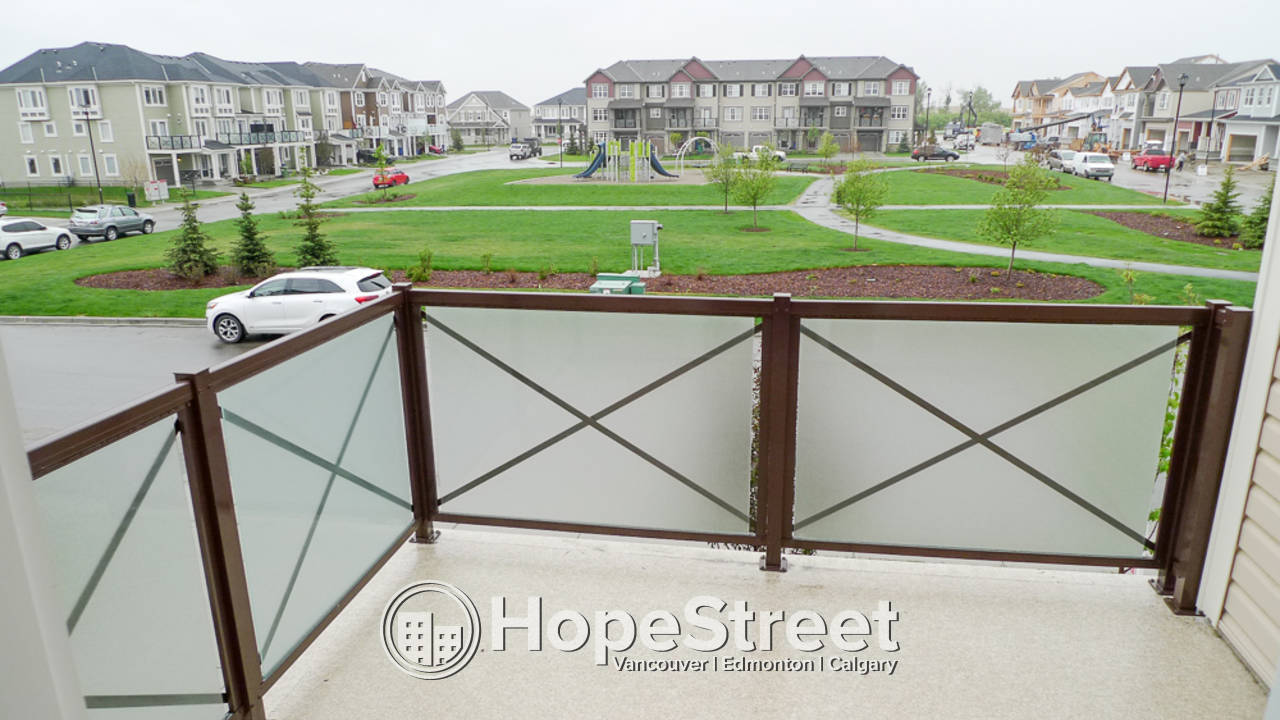 2 Bedroom Townhouse for Rent in Airdrie