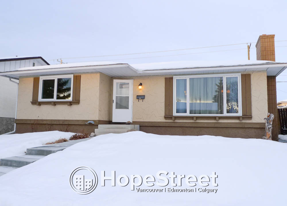 440 Queen Alexandra Way SE, Calgary, AB - $1,900