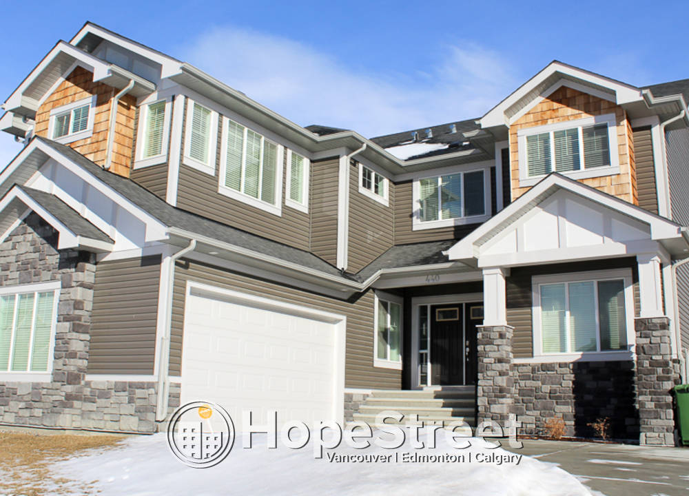 440 Canals Blvd., Airdrie, AB - $2,600