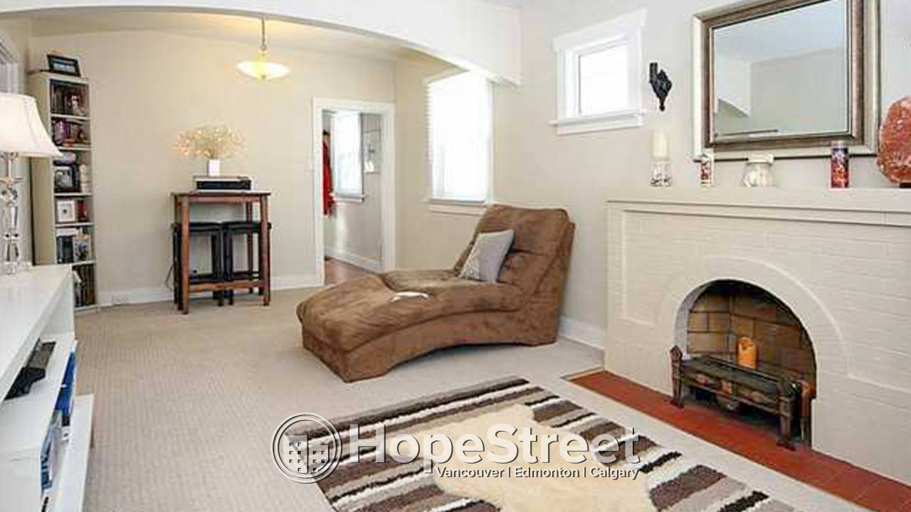 2 Bedroom House for Rent in Crescent Heights