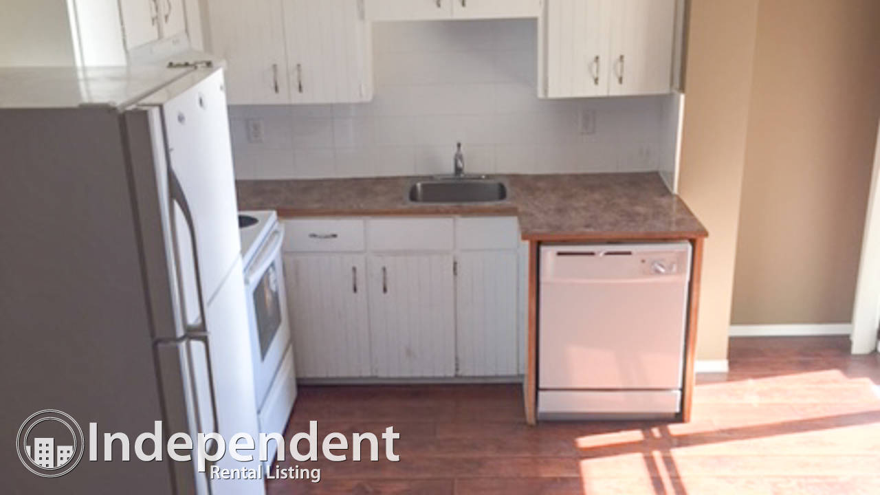 1 Bedroom Townhouse for Rent in Huntington: Pet Friendly
