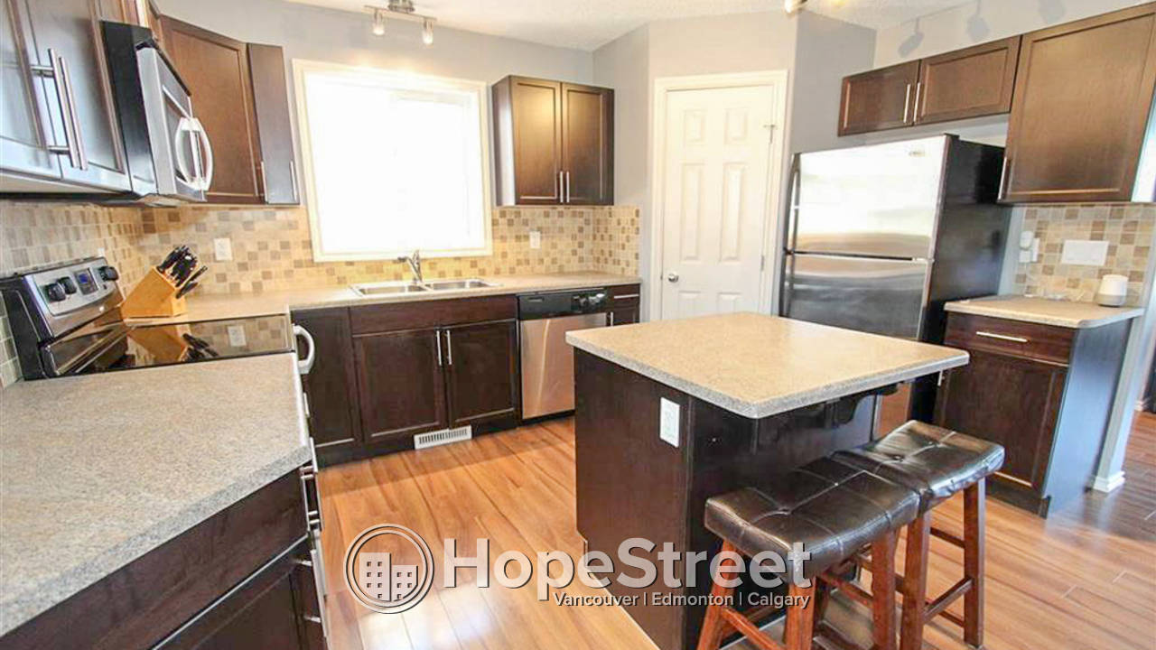 3 Bedroom House for Rent in Brintnell