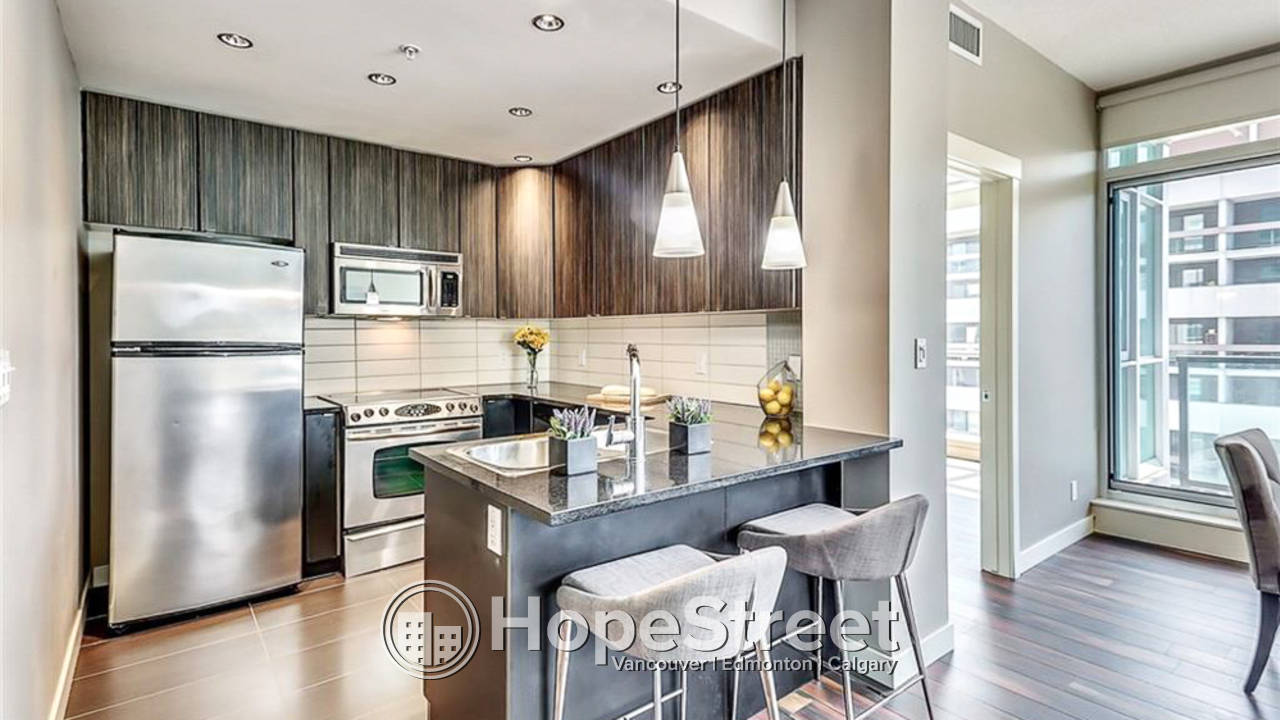 2 Bedroom + Den Condo for Rent in Beltline