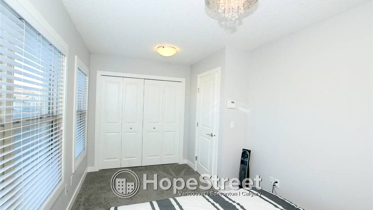 4 Bedroom Townhouse for Rent in Sage Hill