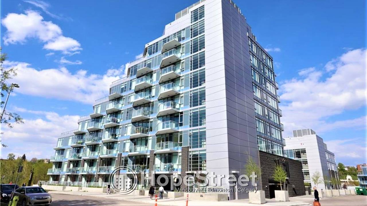 3 Bedroom Penthouse for Rent in Downtown w/ TWO PARKING STALLS
