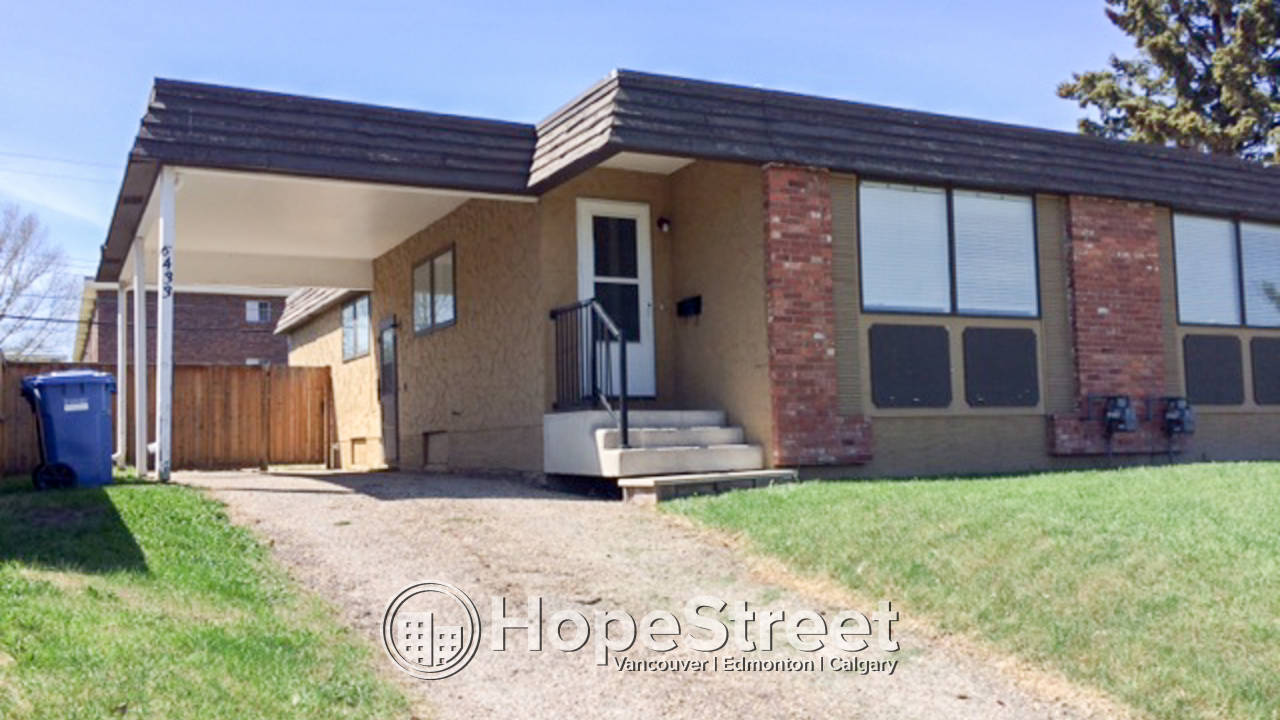 3 Bedroom Duplex for Rent in Thorncliffe
