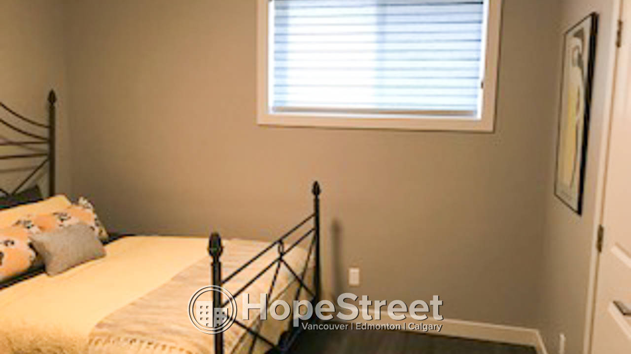 2 Bd Duplex for Rent in St. Albert : Pet Negotiable