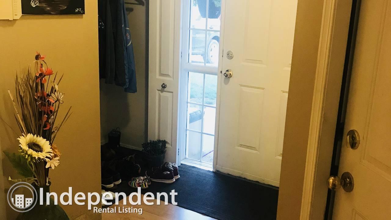 Rent a 3 bedroom duplex in heart of MillWoods