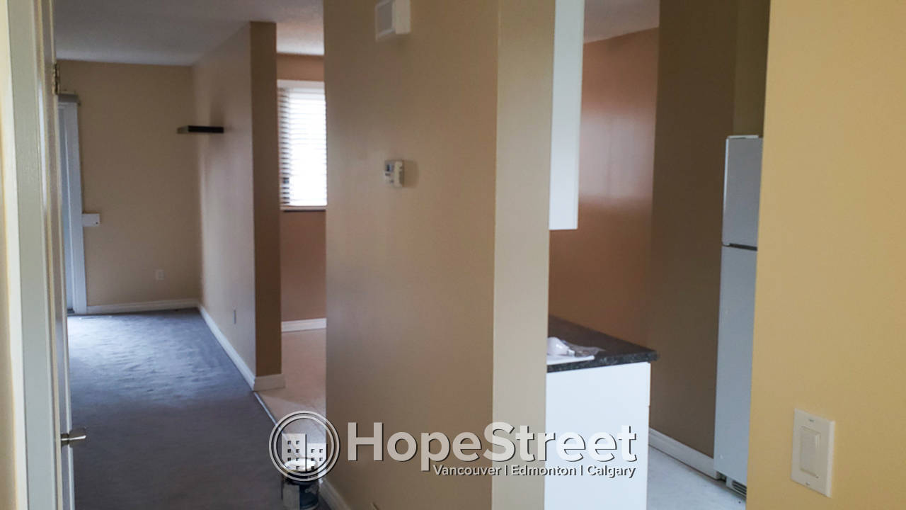 3 Bedroom Townhouse for Rent in Bannerman: Pet Friendly