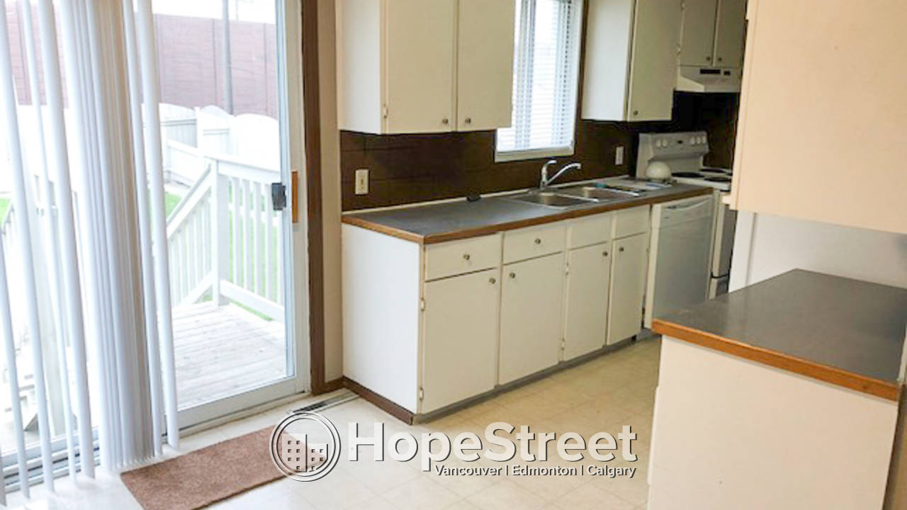 Amazing Pricing For 2 Bedroom Main floor : 50% off first month rent and 50% Last month rent
