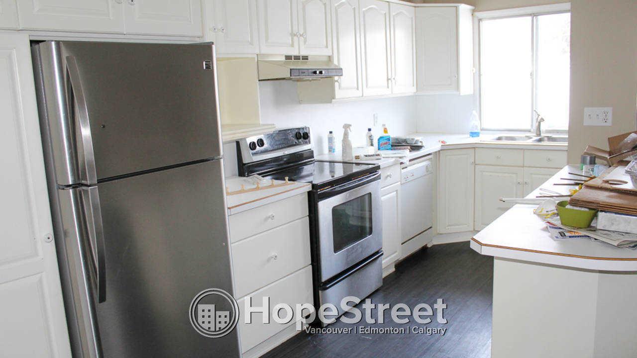 3 Bd + Office Duplex for Rent in Highland Park