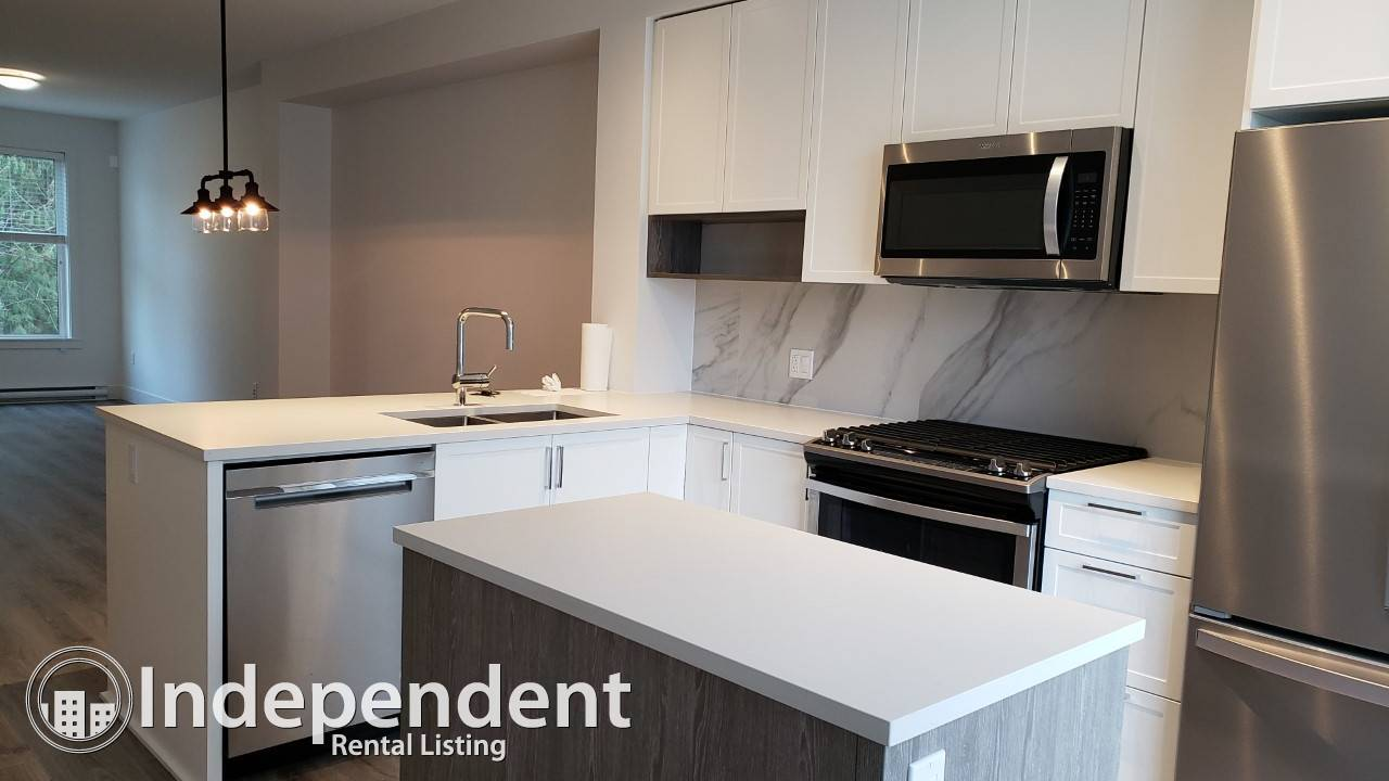 brand new 2 bed + den+ 2.5 bath townhome right next Tynehead Park