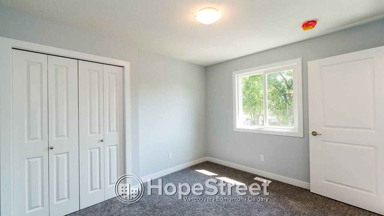 2 Bedroom Townhouse for Rent in Westwood: Pet Friendly