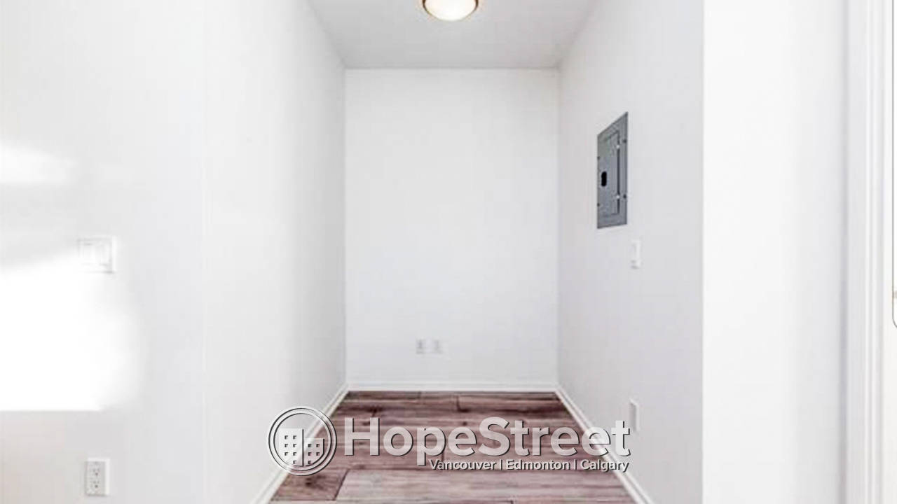 2 Bedroom + Den CORNER UNIT for Rent in East Village w/ UNDGR PARKING!