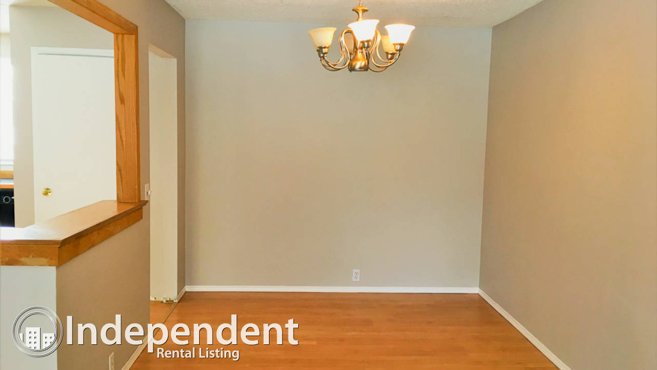 Cozy 5 Bedroom Bungalow For Rent in Forest Lawn
