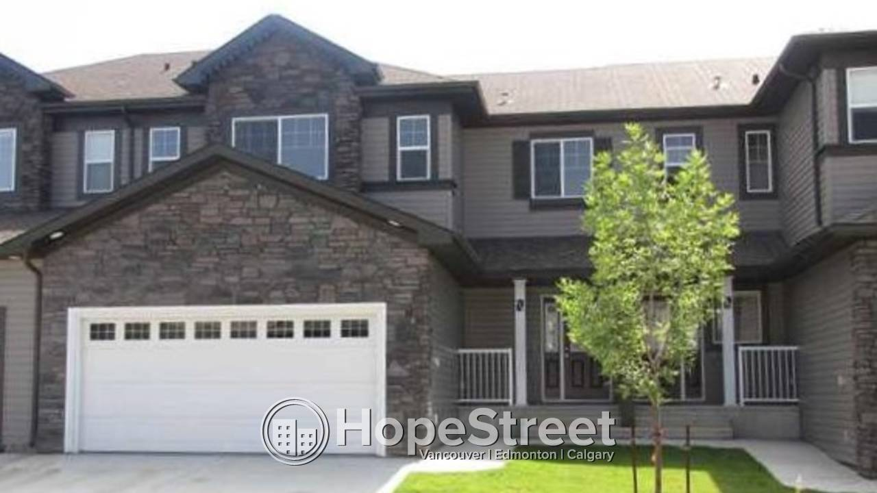 3 Bedroom Townhouse For Rent in Beaumont.