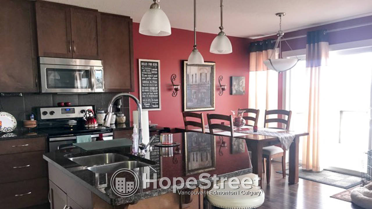 Gorgeous 4 Bedroom Home for rent in Lake Westerra Estates