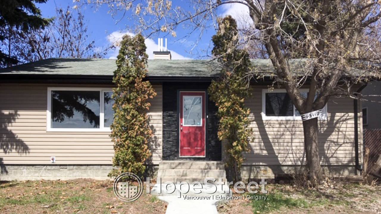 ONE MONTH FREE RENT - 2 BR BSMT Suite in Wellington!/ Utilities Included