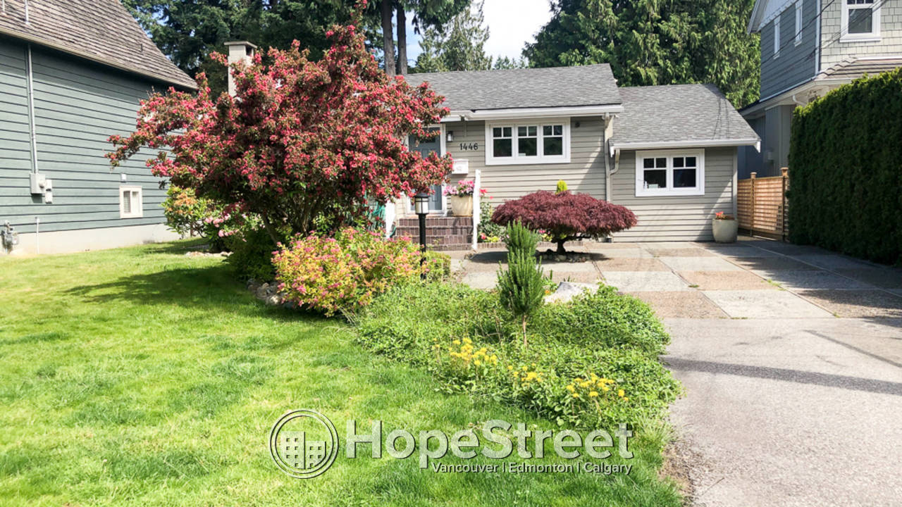 3 Bedroom + Den House for Rent in Edgemont Village