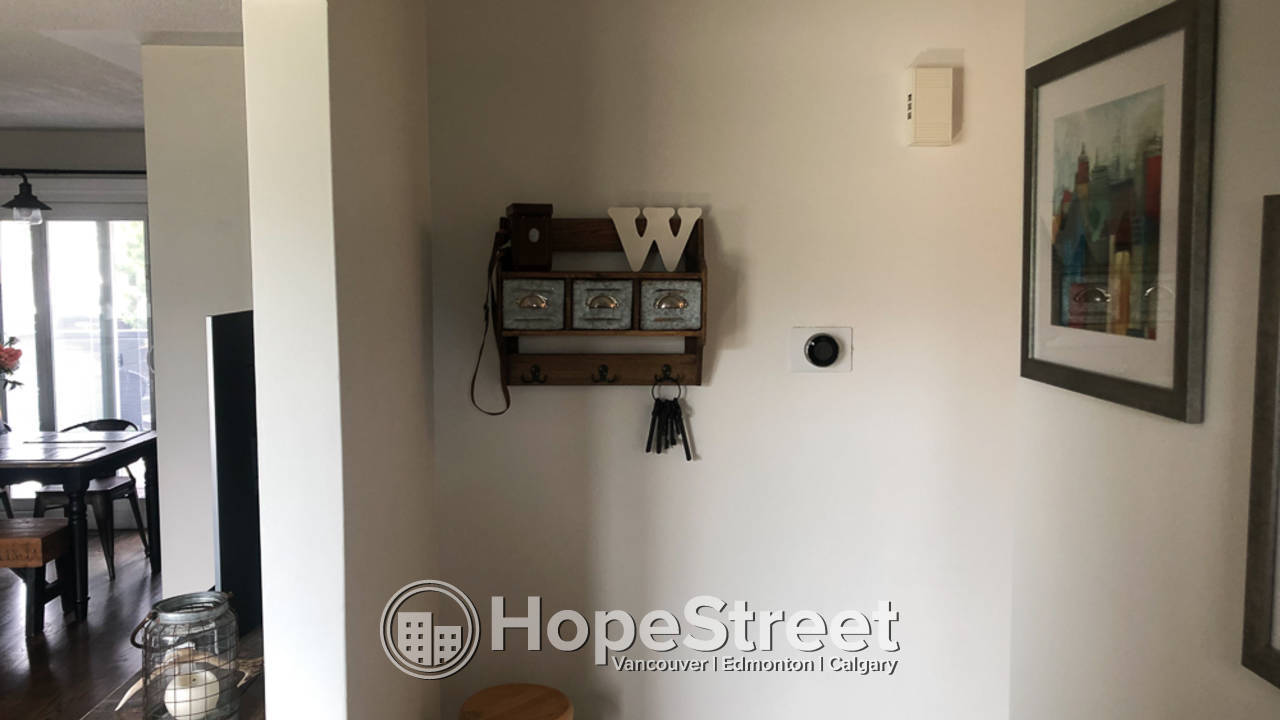 4 Bedroom House for Rent in Gold Bar: Pet Negotiable