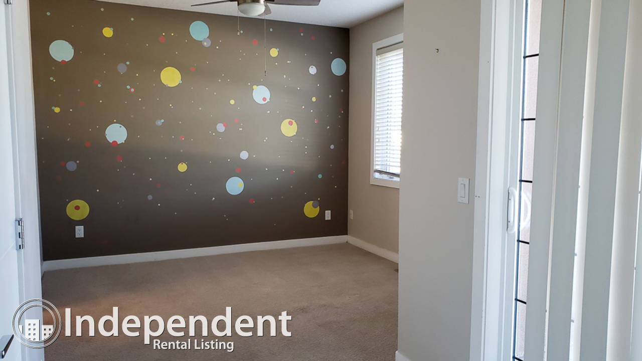 3 Bedroom Beautiful Townhouse for Rent in Montgomery