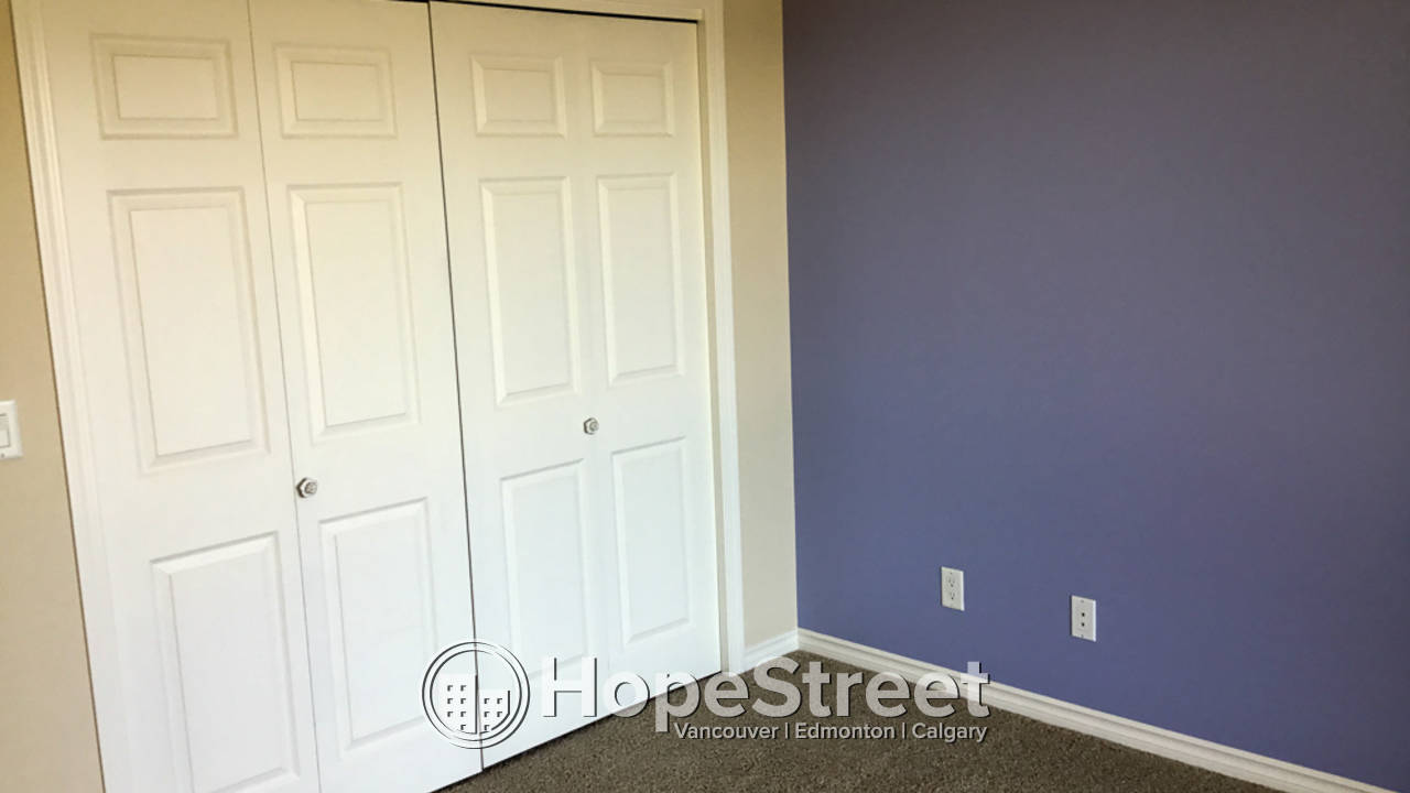 1 BR + Den Condo in Downtown: Adult Only Building (18+)