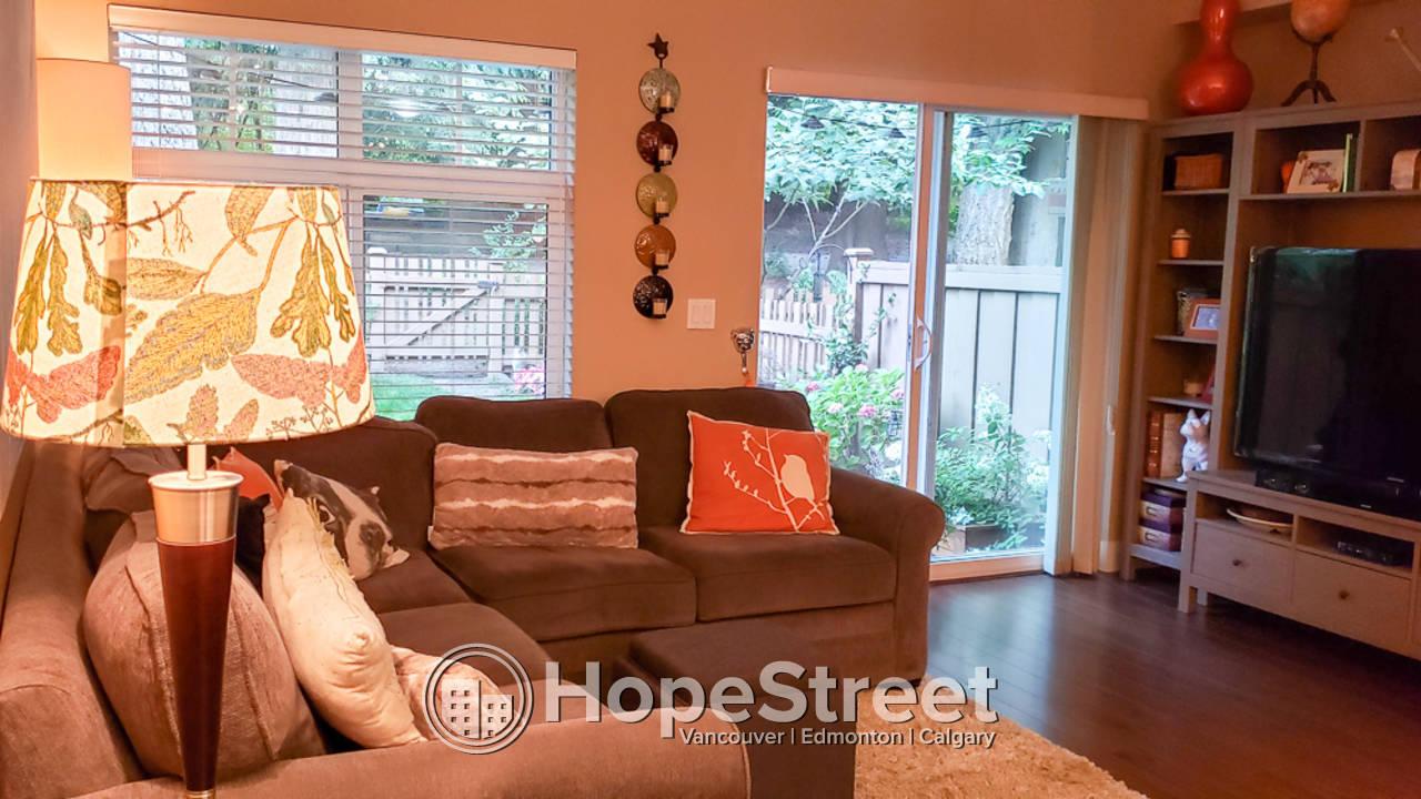 3 Bedroom Modern Townhouse for Rent in Sullivan Heights