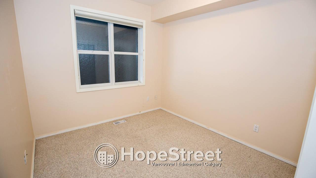 2 Bedroom Condo for Rent in Queen Mary Park