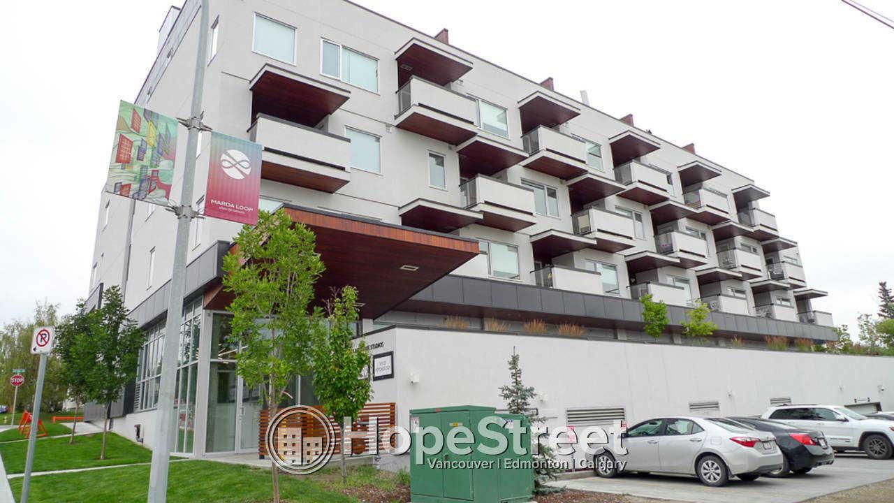 1 Bedroom + Den Condo for Rent in Marda Loop!