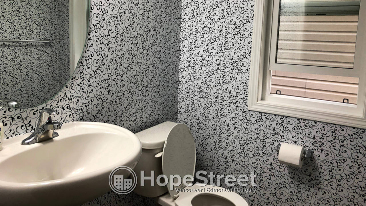 3 Bedroom House for Rent in Cityscape: Pets Negotiable