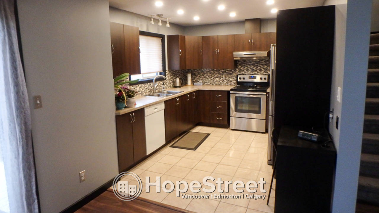 3 Bedroom Townhouse for Rent in St. Albert : $500 off First Month's Rent