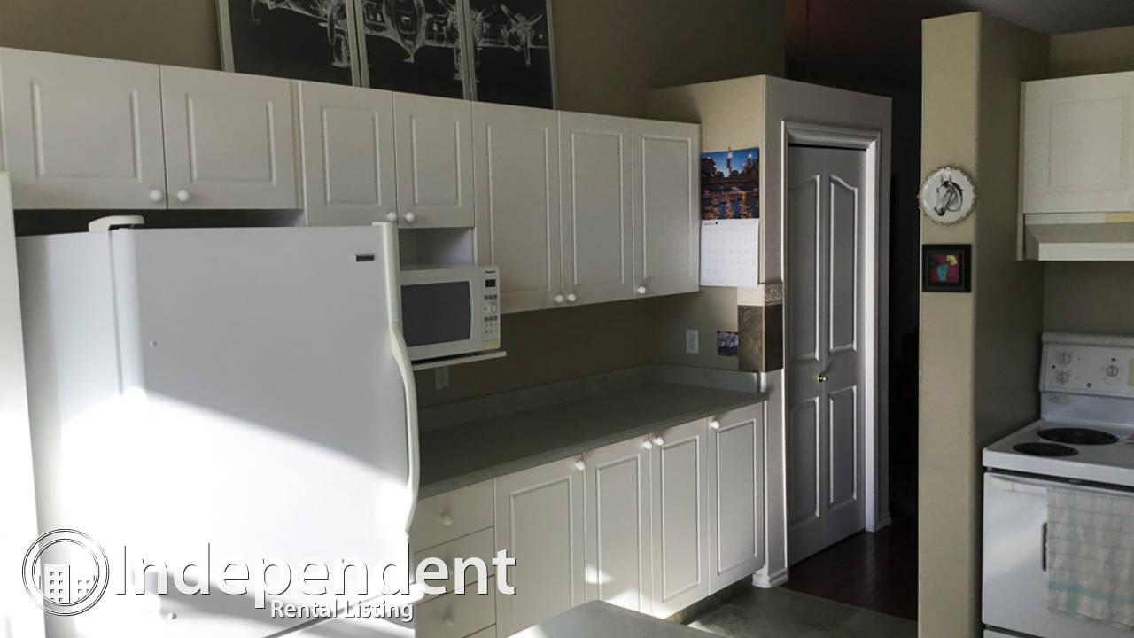 2 Bedroom Adult Duplex for Rent in Terra Losa