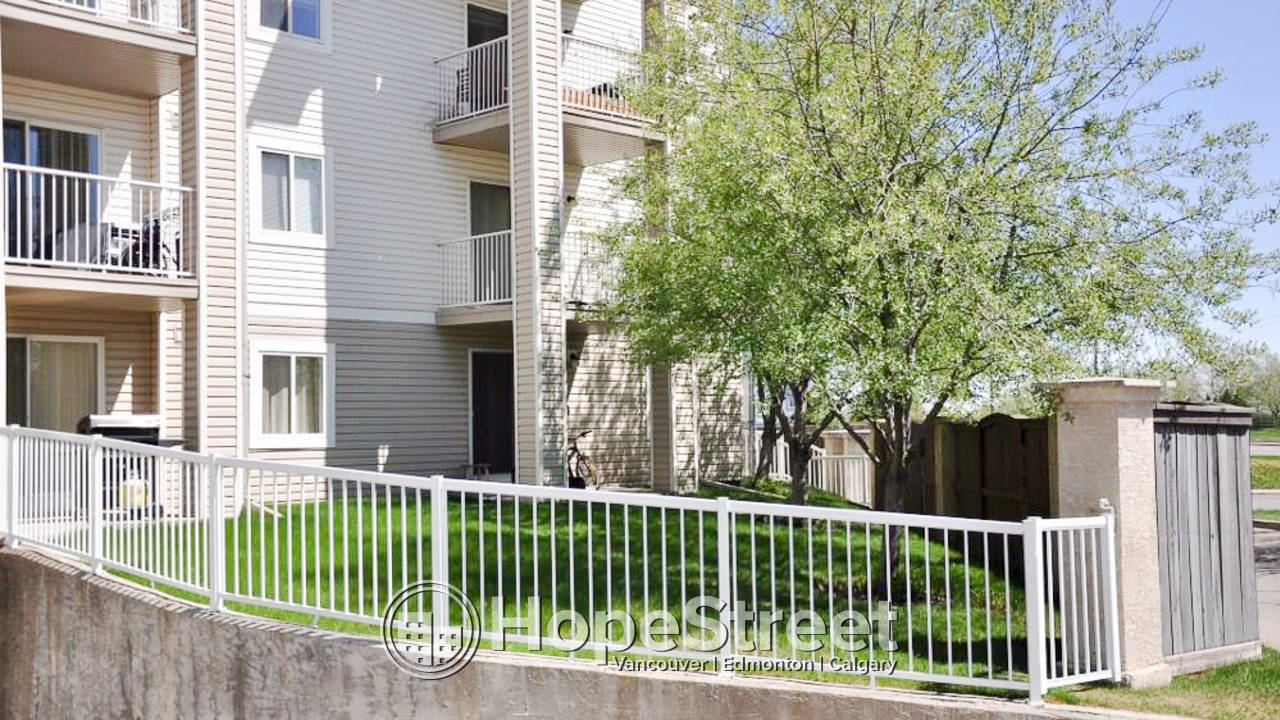 2 Bedroom Condo for Rent in Penbrooke Meadows