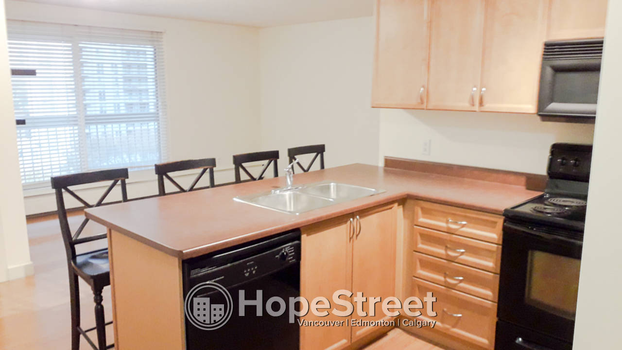 1 Bedroom Condo For Rent in Oliver