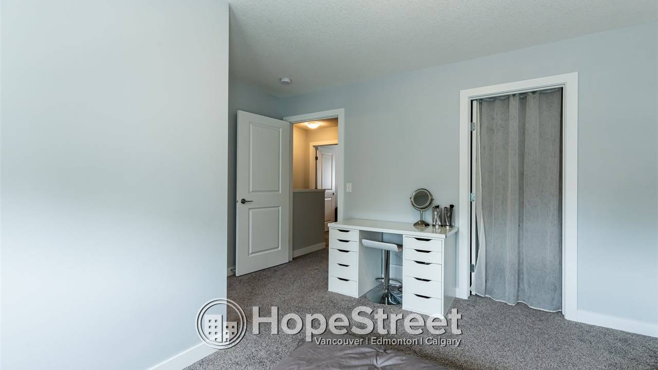 2 Bedroom Townhouse for Rent in Westwood: $500 OFF FIRST MONTH RENT
