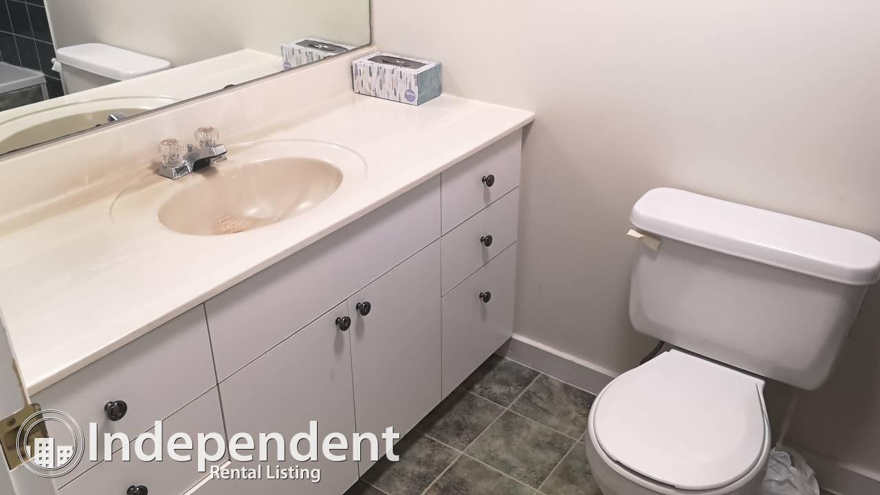2 Bedroom,1 Bath in Windsor Park: Available until END of DECEMBER 2020