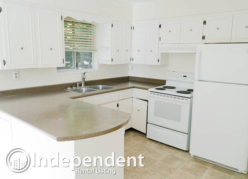 MAIN - 12545 25 Avenue, Surrey, BC - $2,000