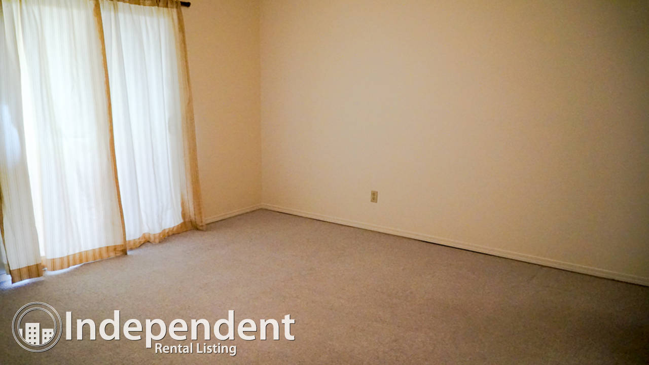 2 Bedroom Spacious Unit for Rent in Crescent Beach