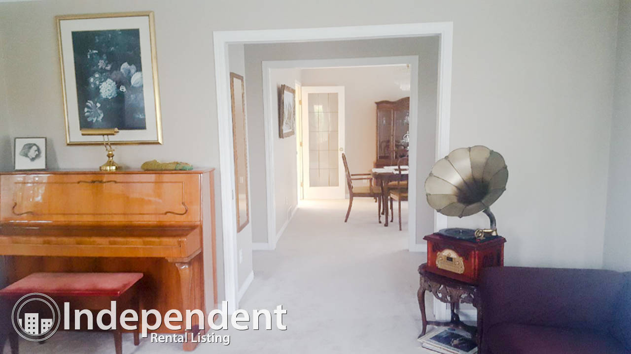 3 Bedroom Beautiful House For Rent in Central Lonsdale