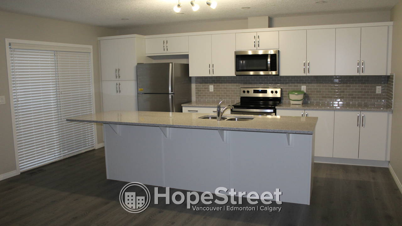 2 Bedroom + Bonus Brand NEW Townhouse for Rent in Airdrie