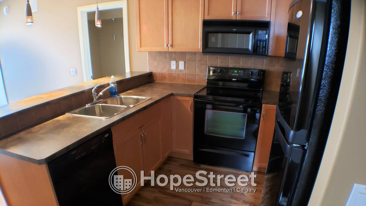 2 Bedroom Modern Condo for Rent in Haddow: $500 off FIRST MONTH RENT