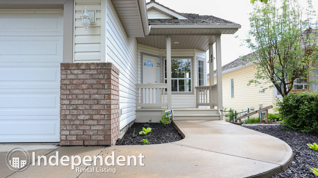 4 Bedroom House for Rent in Bow Ridge (Cochrane)