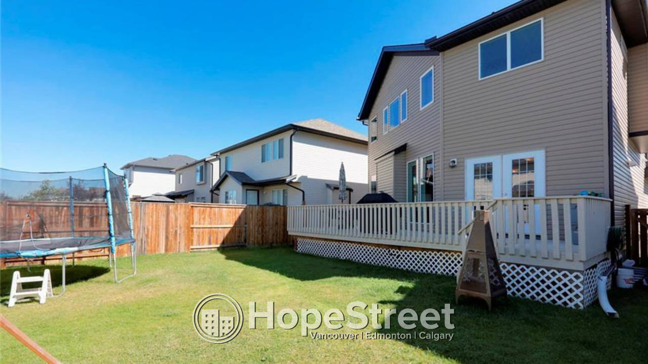 3 Bedroom House for Rent in Airdrie