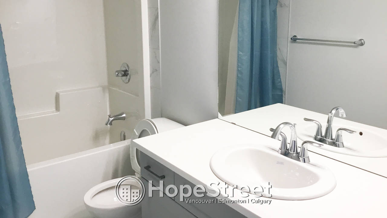 3 Bedroom Immaculate House for Rent in Laurel