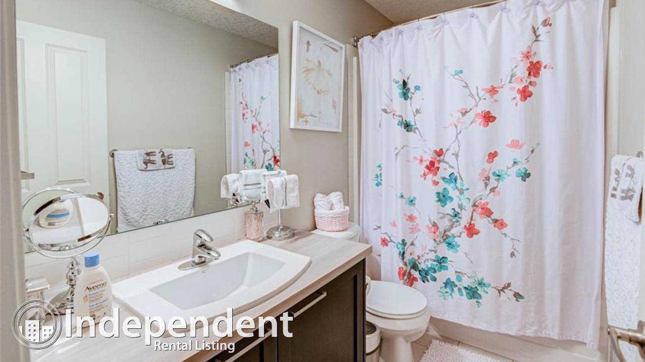 2 Bedroom + DEN Townhouse for Rent in Copperfield