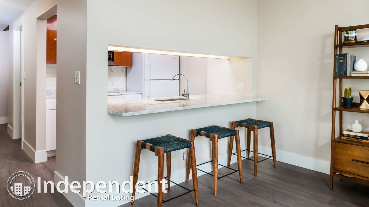 Furnished 2 Bedroom + DEN Apartment For Rent in Coal Harbor: All Utilities Included